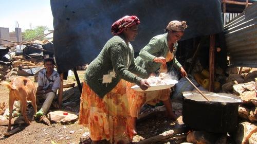 Cooking Ladies