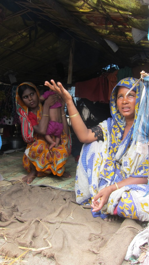 Rohingya Lady Hand Up