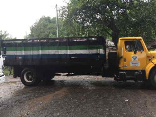 el-maderal-garbage-truck
